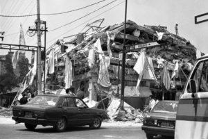 TERREMOTO 85: Alrededor de 4 mil personas fueron rescatadas de los escombros del terremoto de 1985.